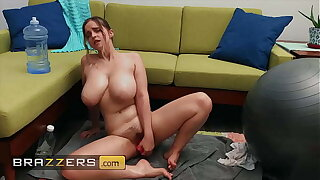 Hot Blonde Babe (Codi Vore) Fucks Her Pussy With A Dildo - Brazzers